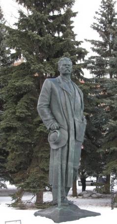 Шадр И. Д. Памятник М. Горькому