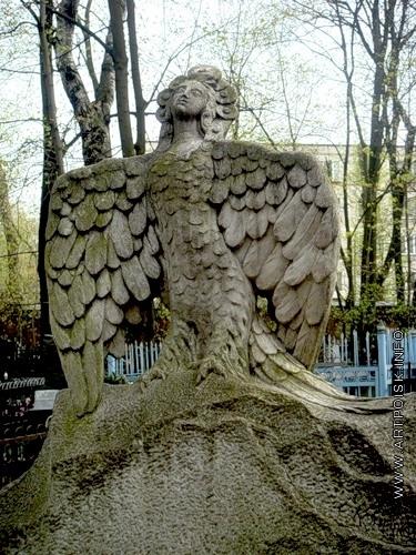 Коненков С. Т. Надгробие на могиле М.М.Пришвина