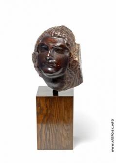 Эрьзя С. Д. Голова женщины