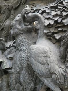 Клодт П. К. Памятник И.А. Крылову. Фрагмент пьедестала