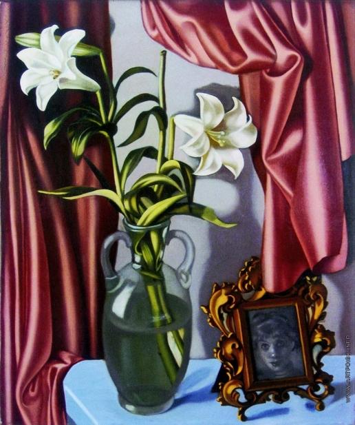 Лемпицка Т. Б. Натюрморт с лилиями и фотографией
