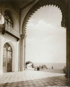 Сокорнов В. Н. Алупка. Вид из Альгамбры