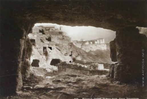 Сокорнов В. Н. Мертвый город Чуфут-Кале, близ Бахчисарая
