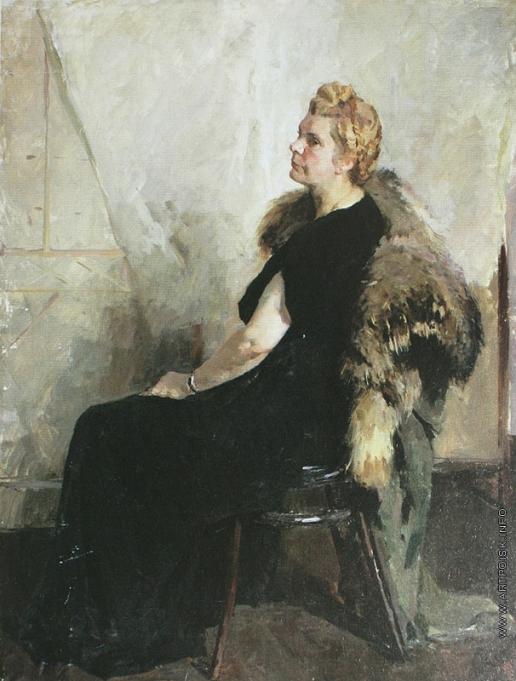 Салахов Т. Т. Одиночная женская одетая постановка