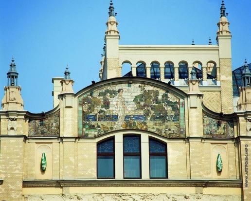 """Головин А. Я. Панно """"Клеопатра"""" на фасаде гостиницы """"Метрополь"""" в Москве"""